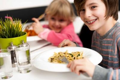Was hat Ernährung und Entspannung mit der Konzentrationsfähigkeit von Kindern zu tun?