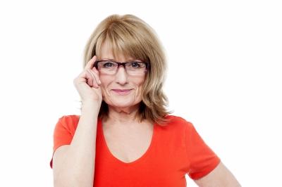 Augen lasern bei Altersweitsichtigkeit