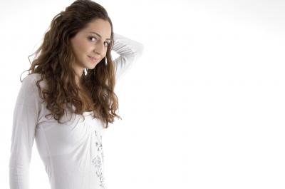 Hausmittel, Shampoos & Co – Was hilft gegen trockene Kopfhaut?