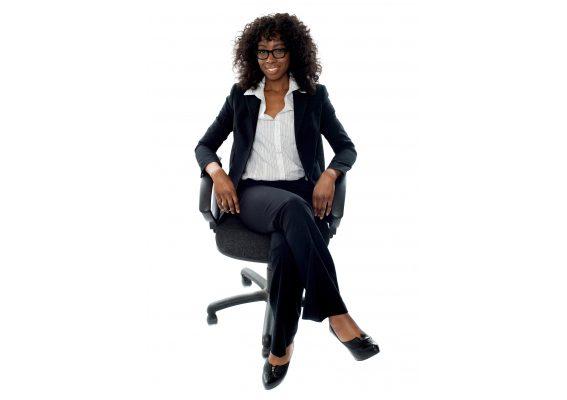 Rückenprobleme vermeiden: Warum Bürostühle immer individuell sein sollten