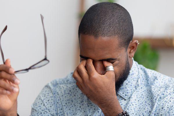 Trockene Augen (Keratokonjunktivitis Sicca): Ursachen, Symptome, Therapie