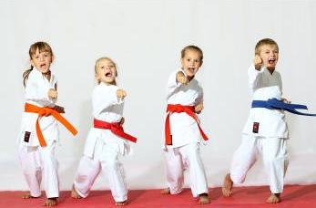 Körperlich und mental stark: Taekwondo für Kinder